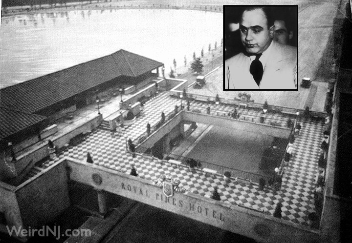 Al Capone And The Royal Pines Hotel