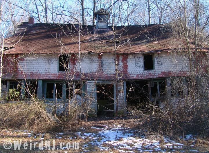 Profanity Houses of the Rutherfurd Stuyvesant Estate | Weird NJ