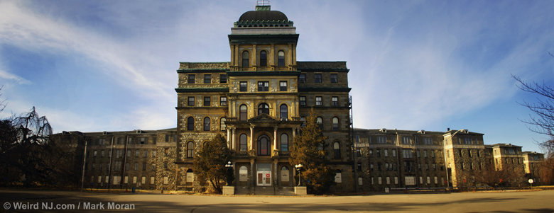 Greystone park psychiatric hospital weird nj for The greystone