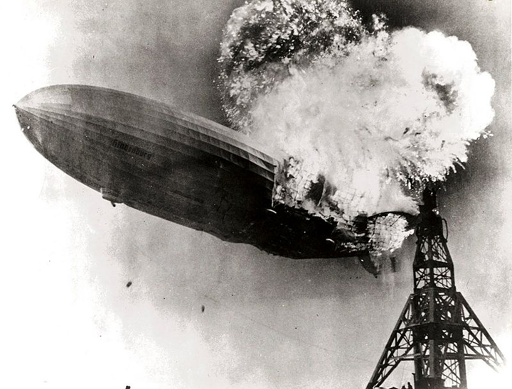 Hindenburg_burning sm