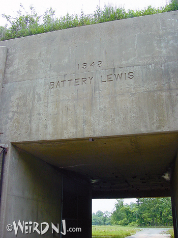 Battery Entrance 2©Mark Moran.